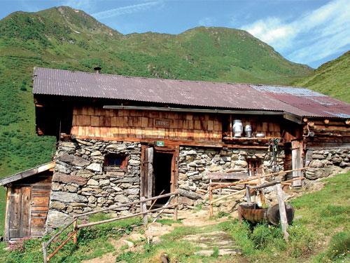 Großansicht - Berghütte entlang des Tiroler Adlerwegs