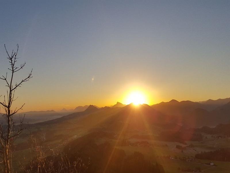 Entspannte Sonnenaufgangswanderung