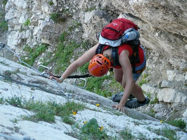 Großansicht - Klettern und Wandern, pixabay.com © PublicDomainPictures (CC0 1.0)