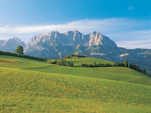 """Salzburger Studie """"Übern Berg"""" bestätigt: Wandern vermindert Depressionen"""