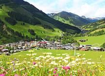 Ortsansicht Saalbach Sommer