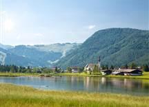 St Ulrich am Pillersee Ortsansicht Sommer © defrancesco