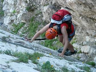Klettern und Wandern, pixabay.com © PublicDomainPictures (CC0 1.0)