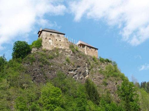 Großansicht - Burg auf Berg