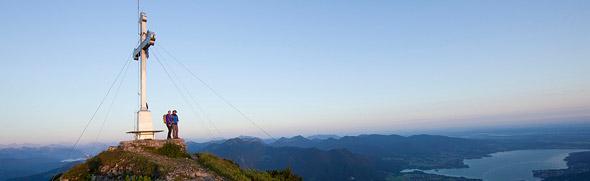 Großansicht - Gipfelkreuz am Wallberg Gipfel