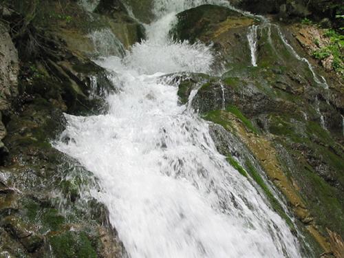 Großansicht - Wasserfall am WildeWasserWeg Stubaital